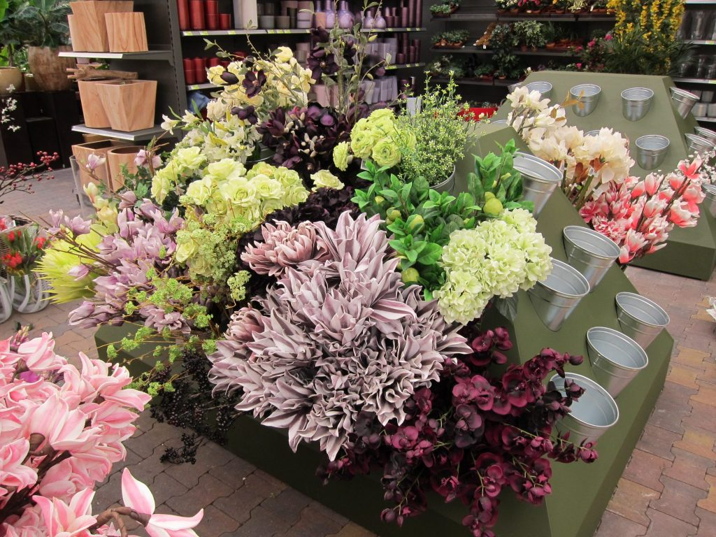 Display voor kunstbloemen