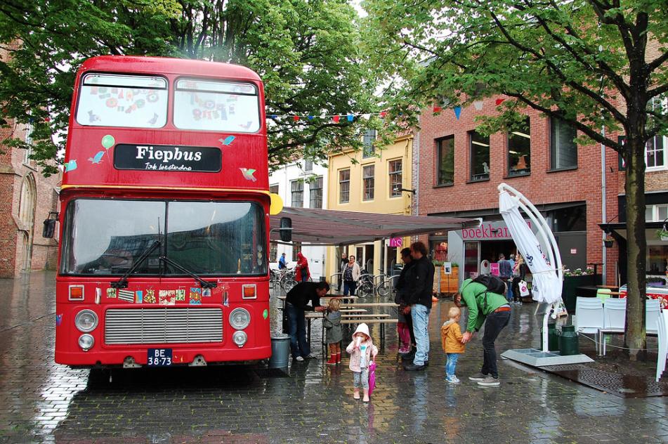 Fiepbus -Het rijdend kunstwerk