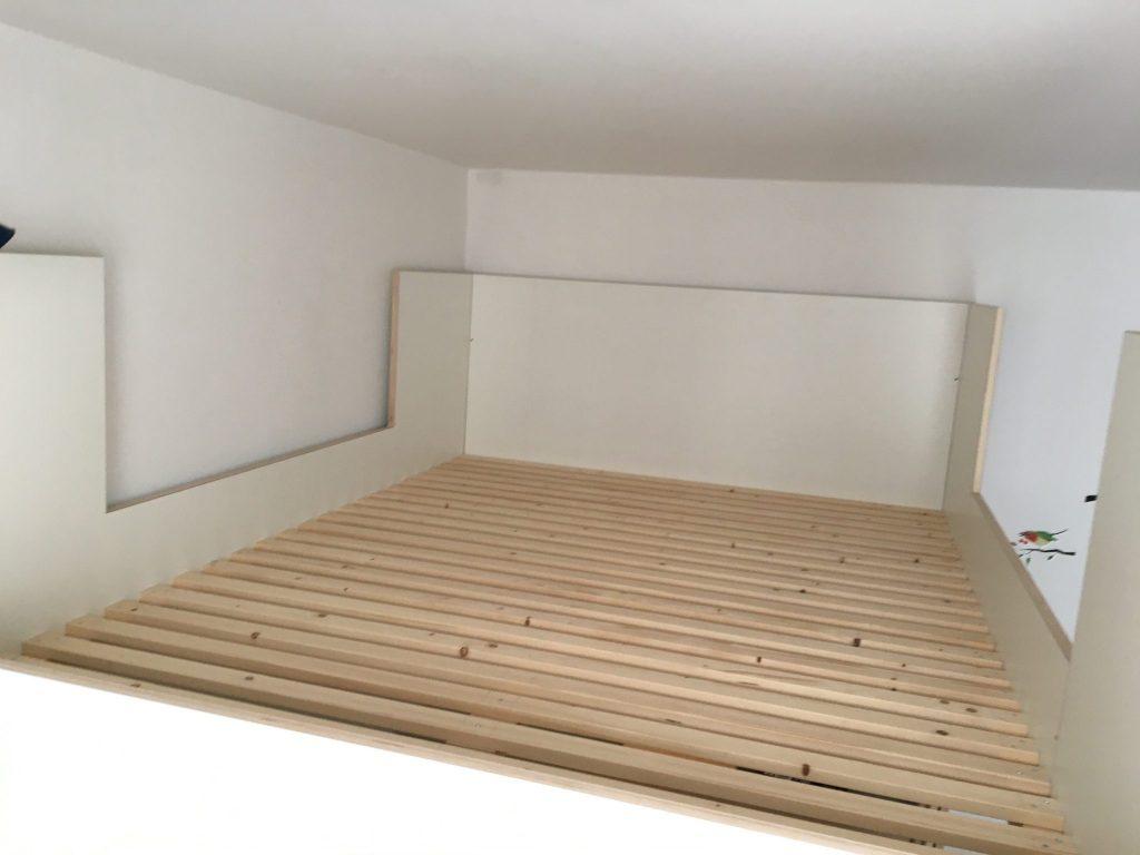Plaats voor matrasmaat 140 x 200 cm