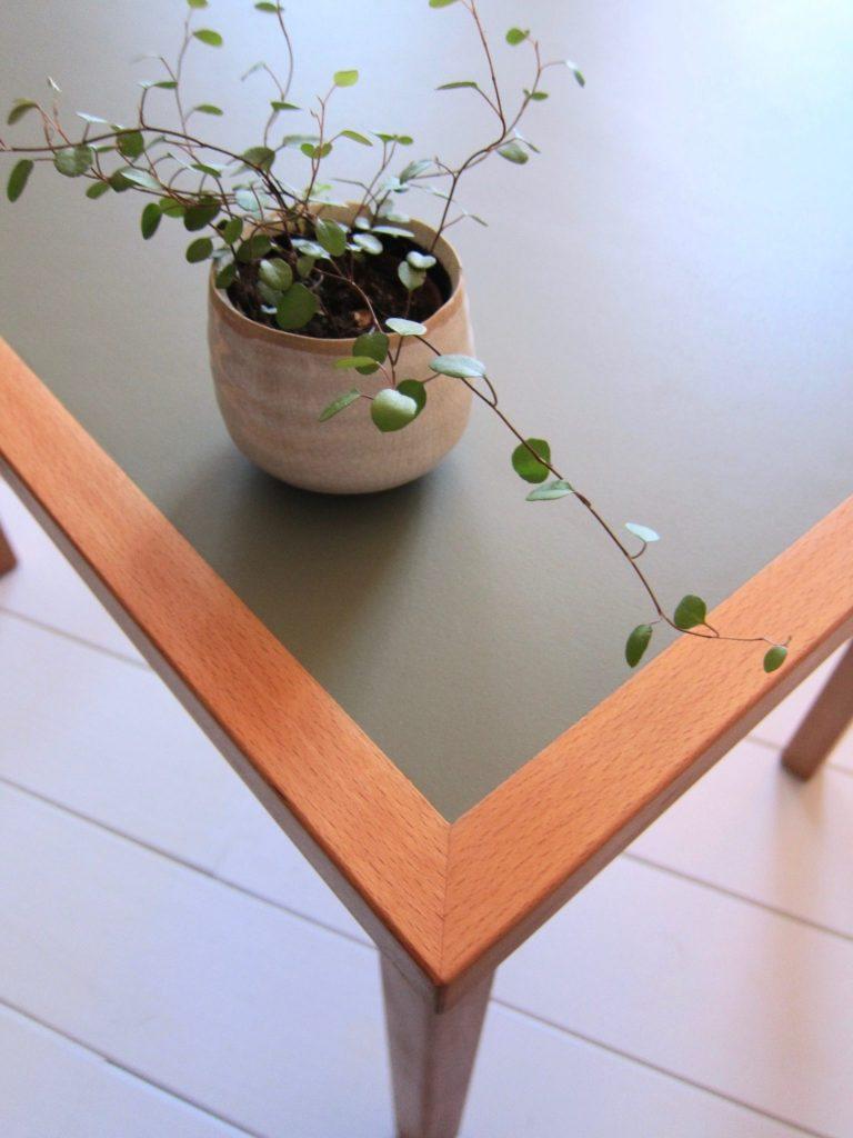 Bureaublad met Furniture Linoleum beklede met houten randafwerking